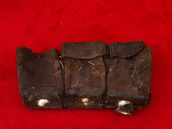 German K98 ammunition pouch, near complete lovely relic used by soldier of the 77th Infantry Division recovered Mairle de Pleurtuit the battle for St malo port in August 1944,Normandy