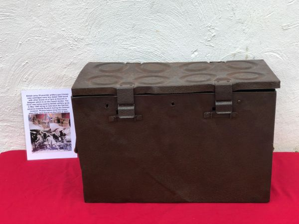 British army 25 pounder artillery gun 8 brass cartridges carry box dated 1938,semi-relic condition found in 2017 on Farm at Doornik in Belgium used by British artillery guns 1940 defending Dunkirk Pocket
