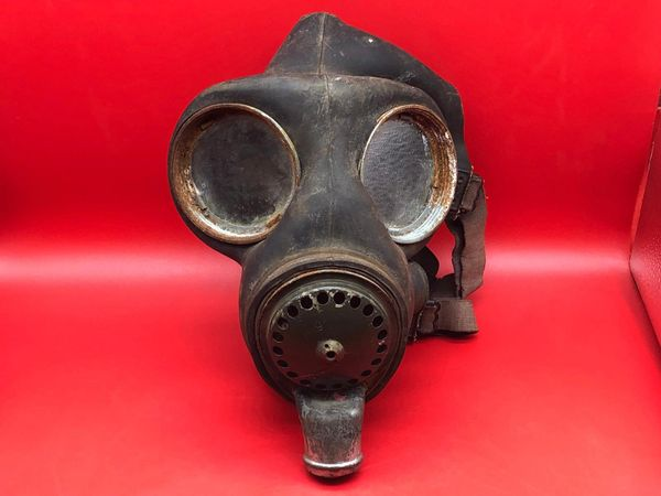 British soldiers mark 5 gas mask dated 1942 semi-relic condition pretty much complete recovered from Monte Cassino Italian battlefield of 1944 from a local museum which closed down in 2015