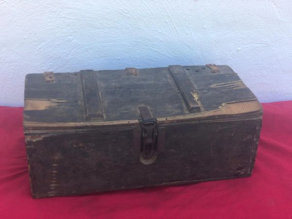 German carry crate for Gewehr Sprenggrante 30 anti personnel rifle grenades dated 1942 with labels well used crate recovered in Sevastopol the battlefield of the Crimea 1941-1942 in Russia