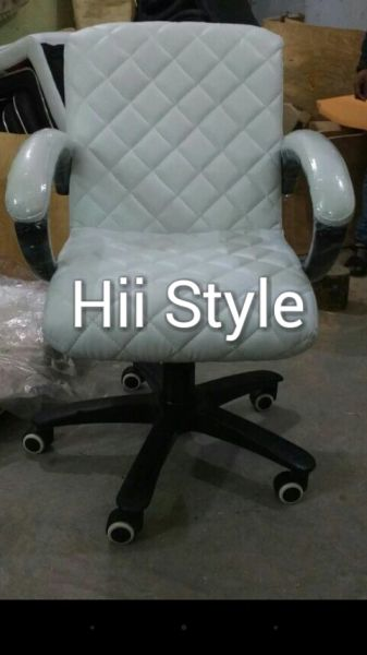 Staff Chair 00564
