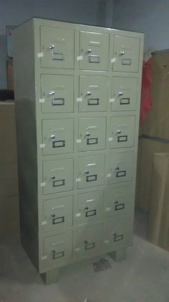 Bank Gym Staff Employee Storage Locker 18 section without Locks