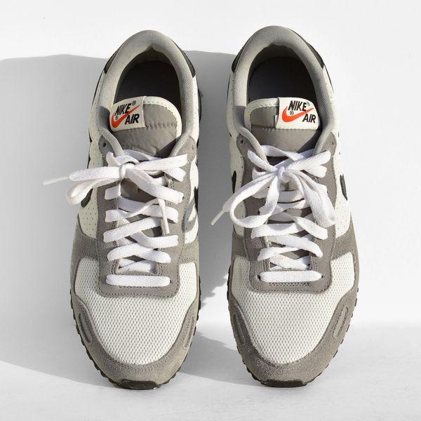 الملوك جفن العين طاولة نهاية Nike Retro Running Shoes Outofstepwineco Com
