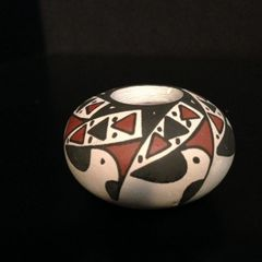Mata Ortiz Seed Pot, Small, with Stylized Birds in Black/Brown