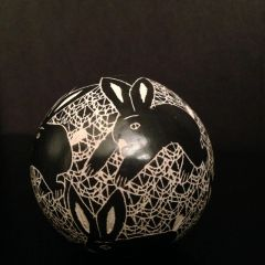 Mata Ortiz Ball Pot with Etched/Graffito Rabbits in Black and White