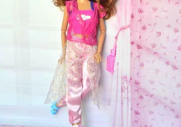 Barbie Casual Wear Shirt Vest Skirt Pants Belt Shoes