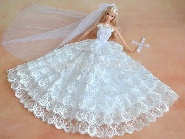 Barbie Wedding Dress.Barbie Wedding Dress Flowers Veil Gloves Shoes Purse Jewelry