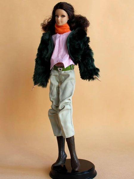 Barbie Fur Coat-Scarf-Shirt-Belt-Pants-Black Barbie Boots
