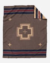 Pendleton Shelter Bay Robe Blanket