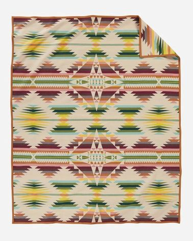 Pendleton Falcon Cove Robe Blanket