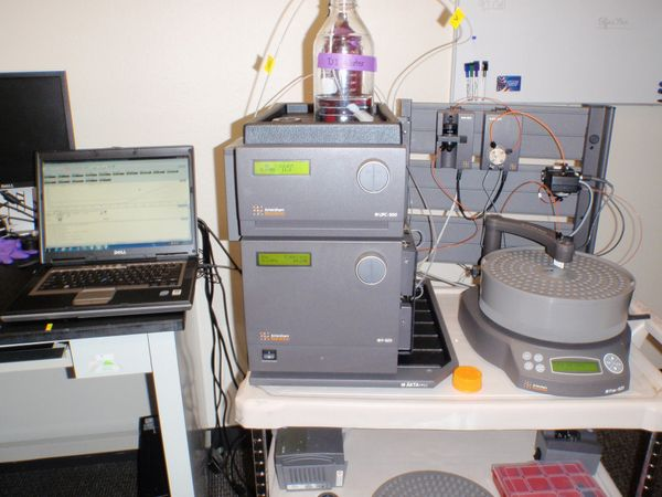 Amersham Biosciences AKTA FPLC w/Frac-920 and PC