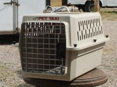 PetMate Tan Pet Taxi / Kennel / Carrier-EXTRA SMALL