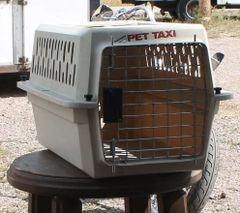 PetMate Pet Taxi / Carrier /Kennel-EXTRA SMALL