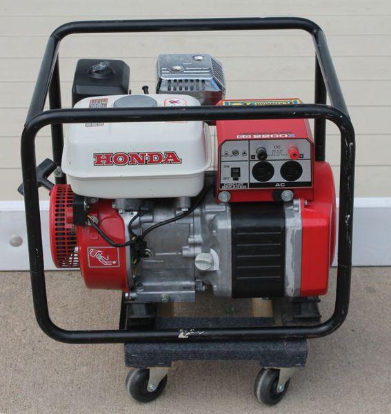 Honda EG 2200X 120V. Generator