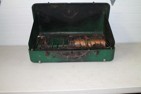 Vintage Coleman 3 Burner Fuel Operated Camp Stove