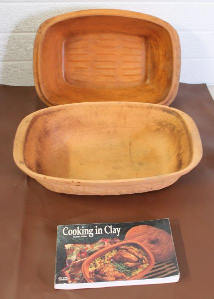 Clay Baking Cooker with Book