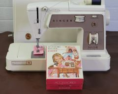Singer Zig Zag Touch and Sew Sewing Machine