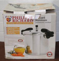 Phillippe Richard 8 quart Aluminum Pressure Cooker-Like New