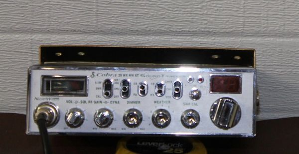 Cobra 29WXNWST Sound Tracker CB Radio