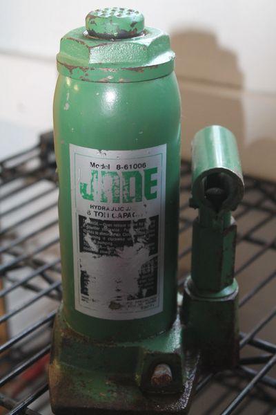 Jade 6 ton Hydraulic Bottle Jack