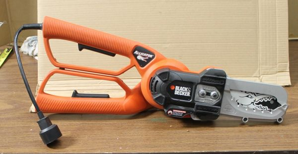 Black and Decker Alligator Electric Lopper Saw