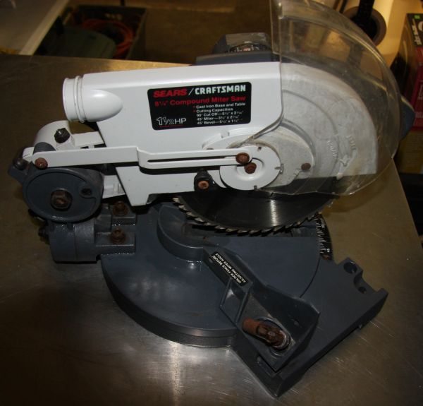 "Sears Craftsman 1 1/2 HP 8 1/4"" Compound Miter Saw"