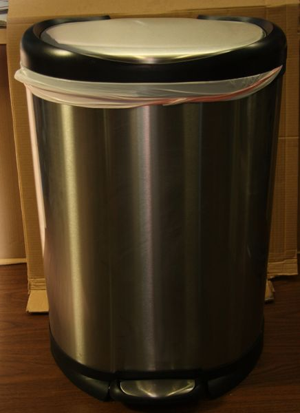 Stainless Steel Garbage Can w/ Hydraulic Door