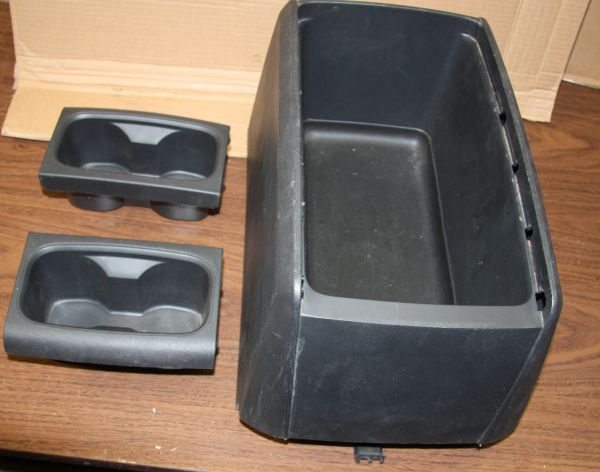Center Console / Cup Holder