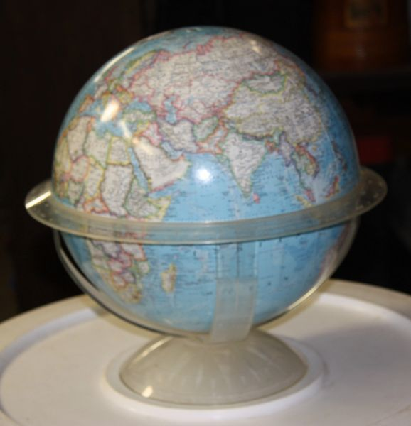 "National Geographic 12"" Globe"
