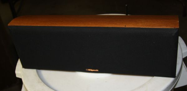 Klipsch KV2 Medium Oak Center Speaker