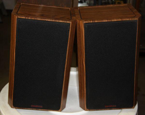 Bic Venturi V62 Speaker System