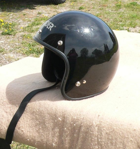 RAIDER DOT Black Motorcycle Helmet-XL Size