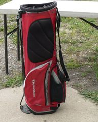 TaylorMade Red Golf Bag