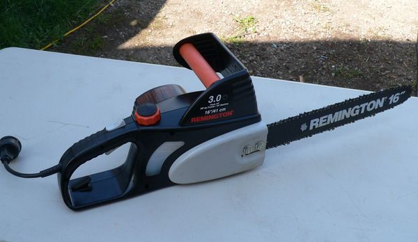 Remington #107624-02 Electric Chainsaw