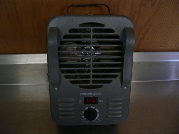 Lakewood Mo. 792 Electric Heater