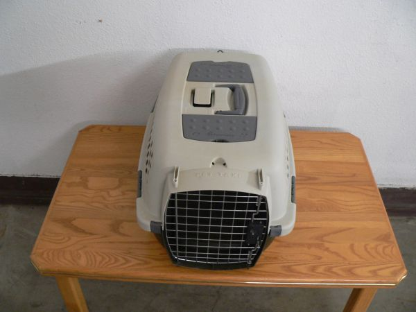 Small Size Petmate Carry Kennel