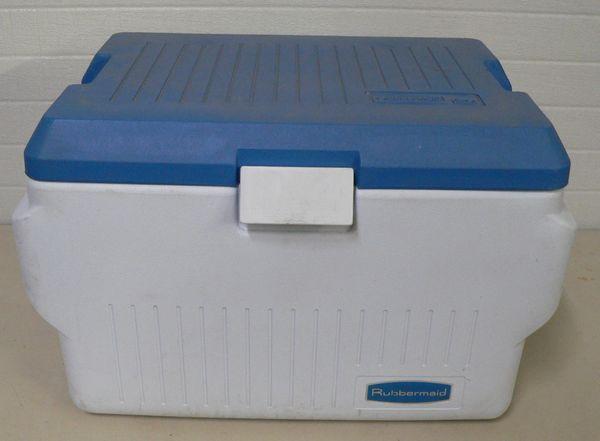Rubbermaid 60qt Cooler/Ice Chest