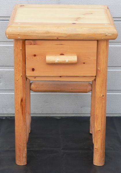 1 Drawer Log End Table/Night Stand