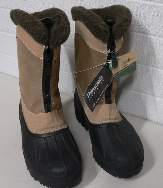 Thom McAn Leather Womens Snow Boots-Size 11