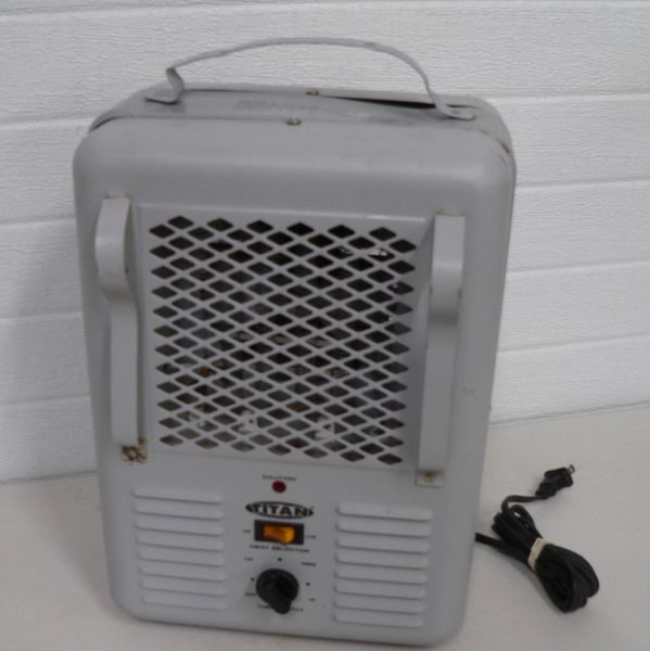Titan TM21 1500 Watt Electric Heater