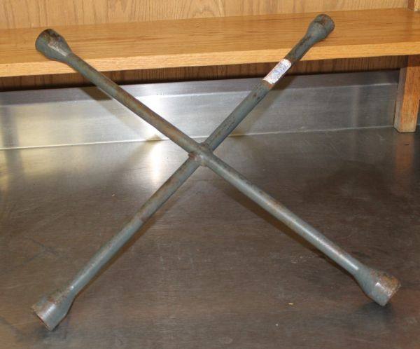 "Ken-Tool JSAT90 Light Truck 24"" 4-Way Lug Wrench"