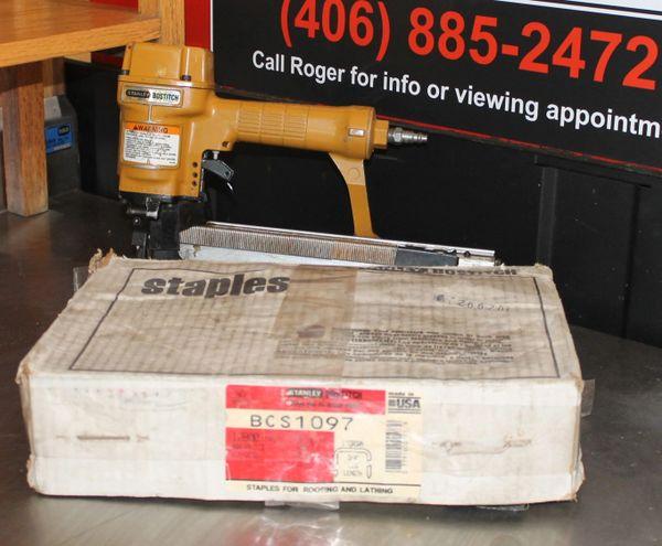 Stanley Bostich T4052 Air Stapler and Full Box of Staples