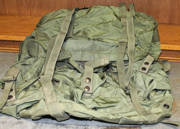 US Military Large Nylon Combat Field Backpack