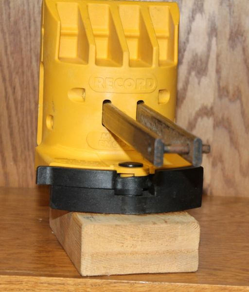 "Record Quick Vise Portable Vise with 4 1/4"" Jaws"