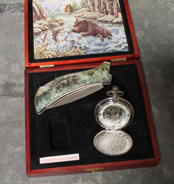 Fold Up Stainless Steel Lock Blade Pocket Knife and Pocket Watch