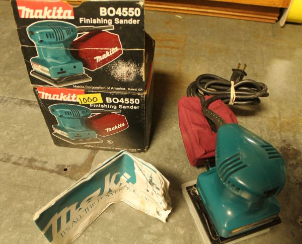 Makita B04550 Finishing Sander