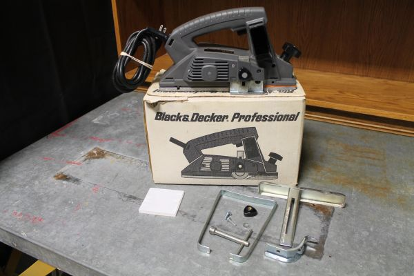 "Black an Decker 3 1/4"" Planer"