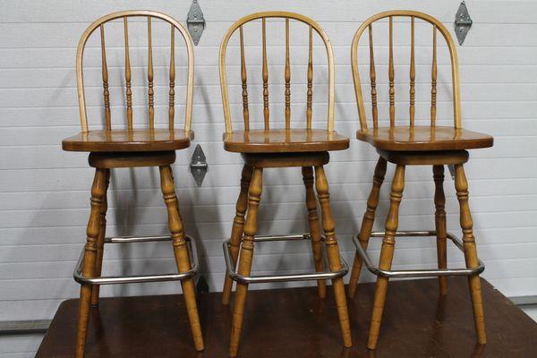 Set Of 3 Swivel Oak Bar Stools