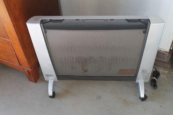 Delonghi HHP-1500 S&B Electric Radiator Heater On Wheels