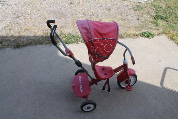 Radio Flyer Steer & Stroll 3 Wheel Stroller